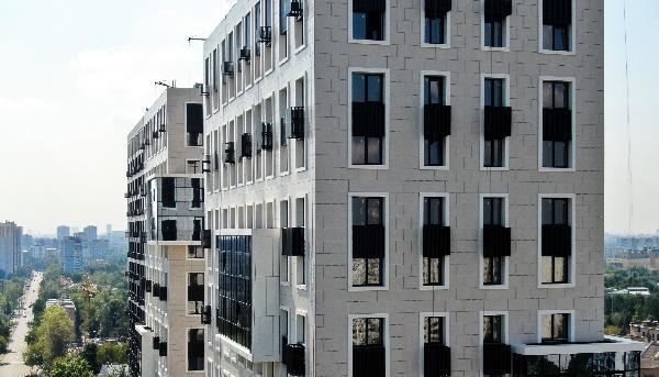 Группа «Эталон» завершила фасадные работы во второй очереди ЖК «Нормандия»
